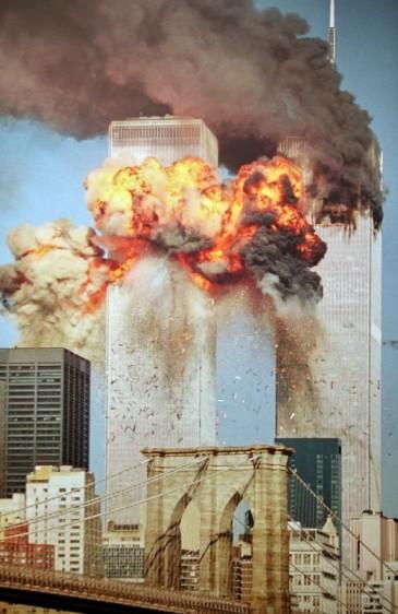 World-Trade-Center-9-11-Steve-Ludlum-519x800
