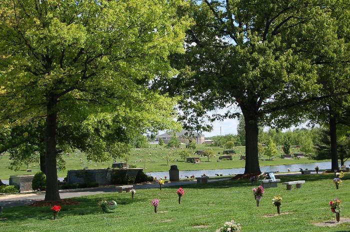 Memorial Garden Cemetery, Saint Charles Missouri U.S.